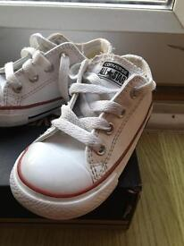 Infant leather converse size 6