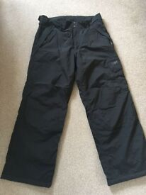 Helly Hansen Ski Trousers Never Worn Size Large