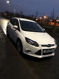 Ford Focus white 1.0 econetic 13 plate