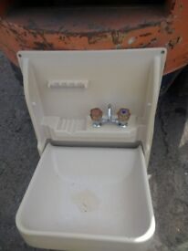 Caravan folding sink