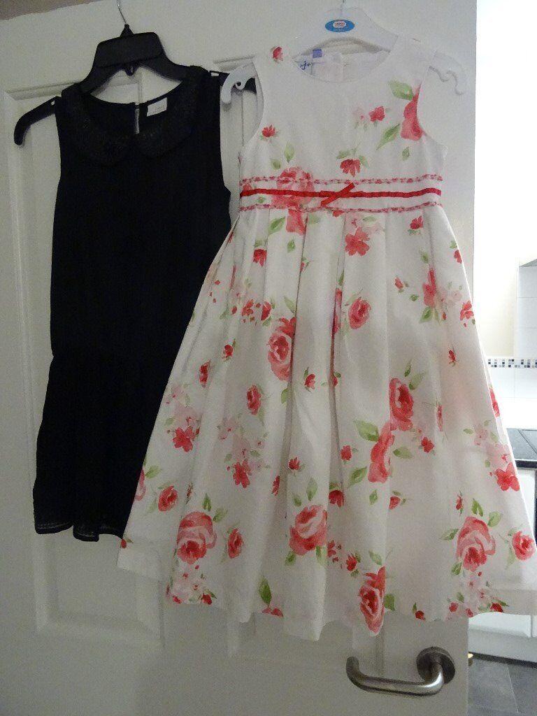 4f589b390 2 GIRLS DRESSES