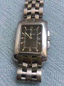 Condord Sportivo Swiss made unisex watch, steel case and bracelet, black dial, used