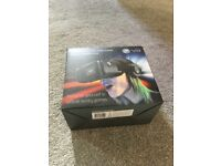 Universal VR with detachable stero headphones BRAND NEW