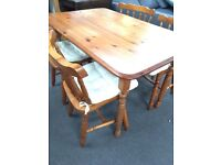 Dining table/ pine table and chairs/ can deliver