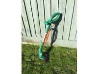 Garden strimmer/trimmer