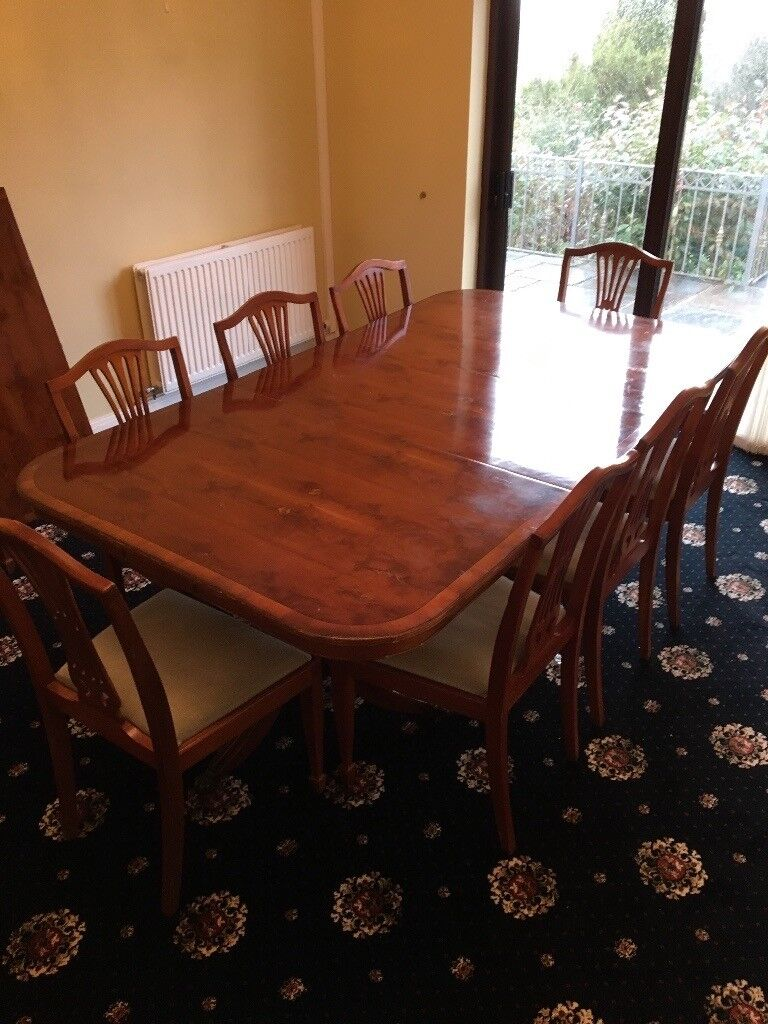Yew Dining Table With 10 Chairs Two Supporting Pedestals 2 Removable Sections