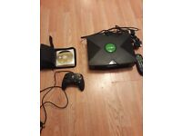 FOR SALE A ORIGINAL XBOX WITH 17 ORIGINAL GAMES PLUS OVER 600 + GAMES ON XBOX