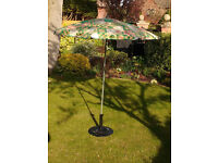 Garden sunshade in good condition