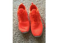 Men's Nike Trainers size 9 £30.00