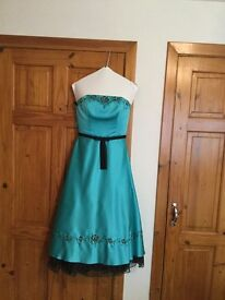 Prom dress, size 8/10, beautiful colour, stunning dress, must be seen, bargain at £60