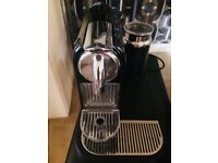 Magimix Nespresso M190 CitiZ & Milk coffee machine including coffee capsule holder