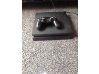 Selling Ps4 with one pad with charger and speaker comes with box