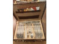 Brand new 72 pcs cutlery set