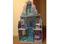 Frozen Kiddicraft Dolls House /castle