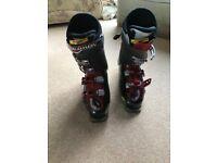 Men's Salomon energyzer 100 ski boots, red and black size 10