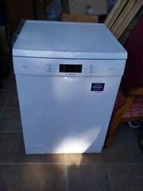 Nearly new dishwasher for sale