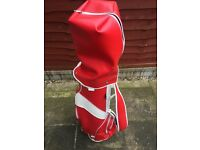 GOLF BAG AND SOME CLUBS (WALTER HAGER) FOR SALE , WITH 20 GOLF BALLS