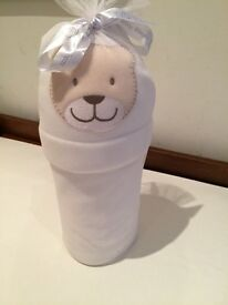 NEW, White baby blanket with hat, £4