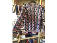 LARGE, KNITTED, 80S RETRO KNITTED JUMPER