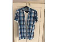 Burton 2 in 1 shirt, Size Medium