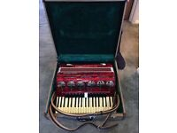Beautiful Piano Accordian - 120 bass 41 Treble key 4 voice double octave full size Parrot accordian