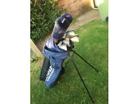 Left handed golf clubs and bag. £35
