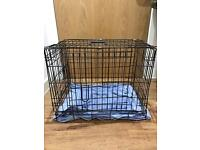 Pet cage/carrier