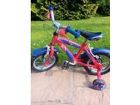 12 inch Spiderman Bike - Very good condition + Raleigh Mystery Spiderman Helmet