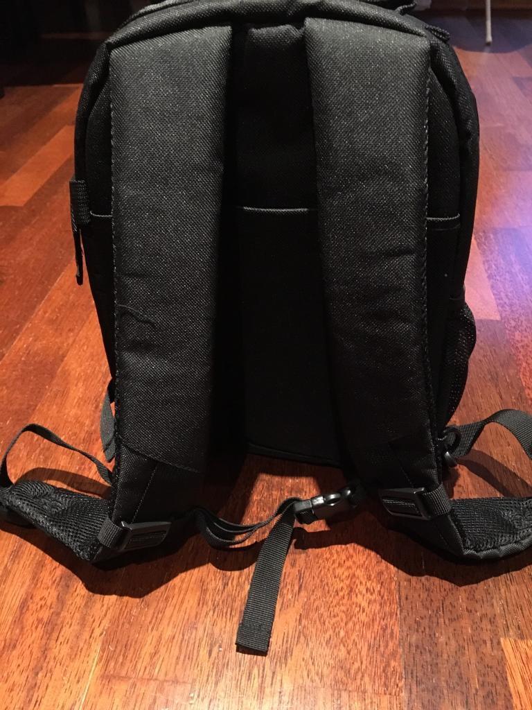 843b841cdf83 New DSLR Camera bag | in Docklands, London | Gumtree