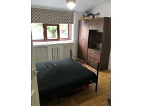 Doubel Bedroom For Couple or Two Friends Sharing in Wembley Park