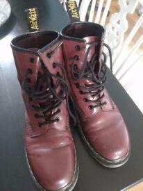 Dr Martens unisex cherry red airwalk boots size UK5