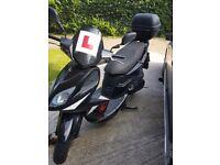 kymco super 8 125 cc stroke scooter in black