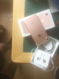 IPHONE 7 FOR SALE MINT CONDITION STILL A FEW DAYS WARRANTY GOES QUICK
