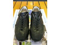 Hogan men sneakers size 7 UK excellent conditions