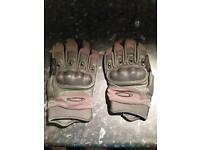 Oakley tactical olive gloves - used but in good condition