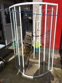 900 mm Curved Shower enclosure