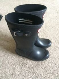Welli boots worn once look brand knew kids size 12