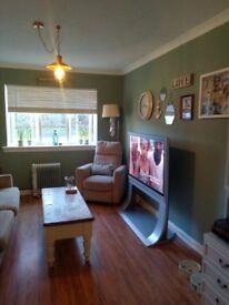 2 bed ground floor flat to rent in Moodiesburn. Secure door entry