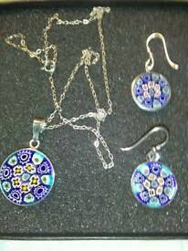 LADIES NEW , ITALIAN DESIGN, SILVER PENDANT, AND MATCHING EARRINGS SET