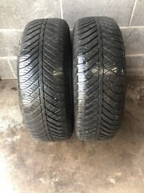 2 x 215 60 17 GOODYEAR VECTOR 4 SEASONS TYRES