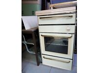 VANETTE full size oven with gas hob, grill and glass cover on the top and side for caravan.
