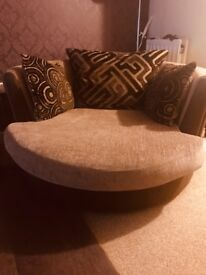 Beautiful Dfs swivel chair