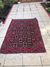 Beautiful Persian hand made rug size 180X125