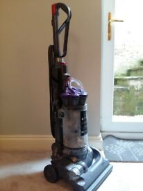 Dyson DC33 animal upright bagless vacuum cleaner