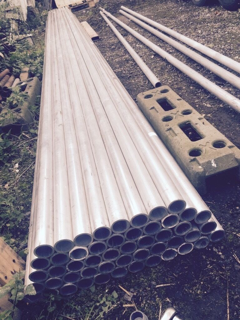 Aluminium scaffold tubein Ongar, EssexGumtree - Aluminium scaffold tube 50x 6 meter lengths this is 6mm gauge not the cheap stuff almost new as only used for one indoor job also have brand new fittings and other size aluminium tube available. £40 per tube or sensible offer on lot many thanks