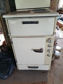 Vintage 1950's Belling electric cooker with hot plate and 2 rings on top.