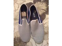 NEW MENS SIZE 10 CASUAL SHOES £8 EACH OR BOTH FOR £15