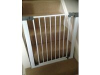 Stair/door gate brand new condition