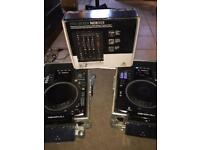 2x denon sc2900 cdjs and behringer mixer