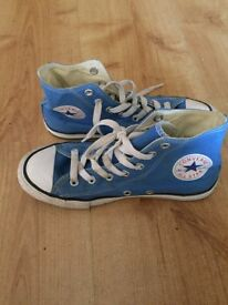 Kids blue converse boots size 2